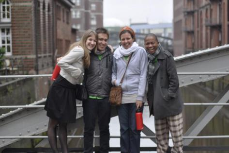 From left to right: Nena, Antonio, Sondos and Eliot (me)
